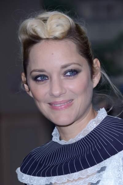 Marion Cotillard ravissante avec sa nouvelle couleur de cheveux