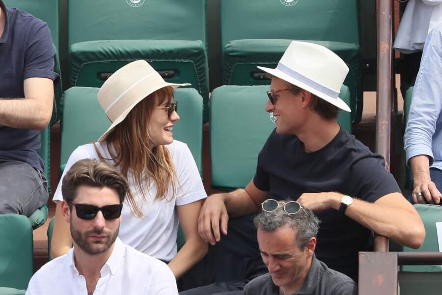 Ana Girardot et Arthur de Villepin, très amoureux à Roland Garros le 9 juin 2018