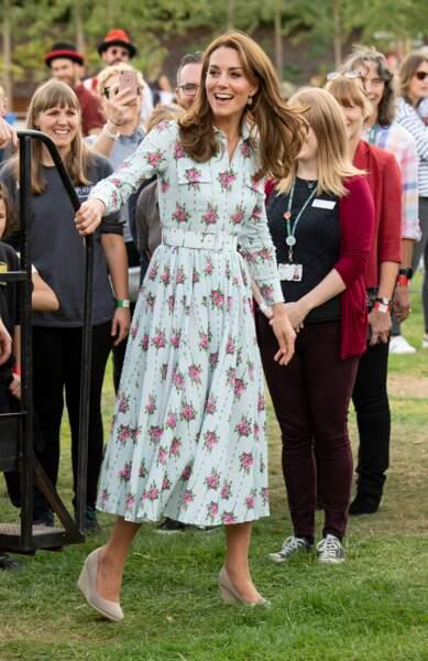 Kate Middleton canon dans cette robe Emilia Wickstead déjà en rupture de stock