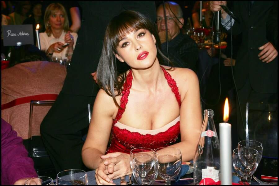 Pour la présentation du lipstick Rouge de Dior dont Monica Bellucci est l'égérie au Pavillon Ledoyen en 2006