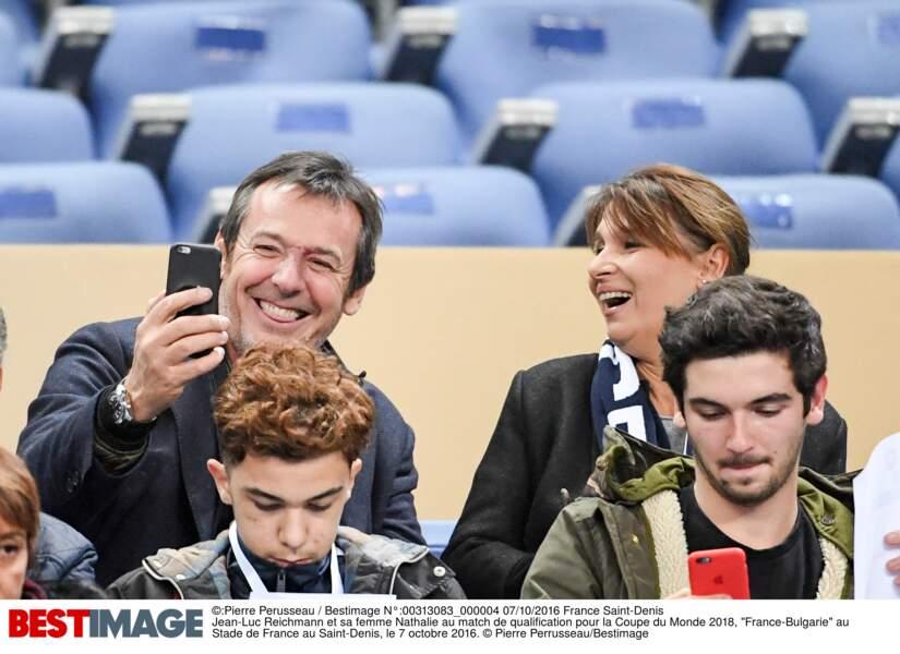"""Les célébrités au match de foot """"France-Bulgarie"""" au Stade de France"""