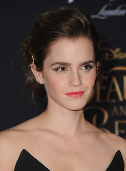 Un liner graphique comme Emma Watson