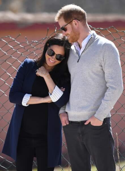 Meghan etHarry, un couple très amoureux lors d'une visite d'un lycée à Asni, au Maroc, le 24 février 2019