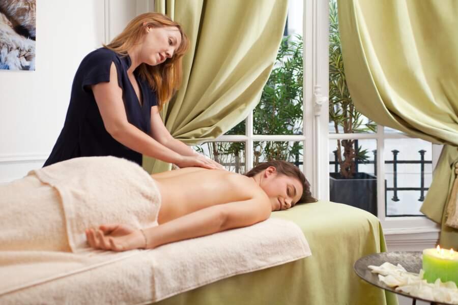 Elisabeth Nado, pro des massages à domicile, propose plusieurs forfaits pour rééquilibrer corps et esprit