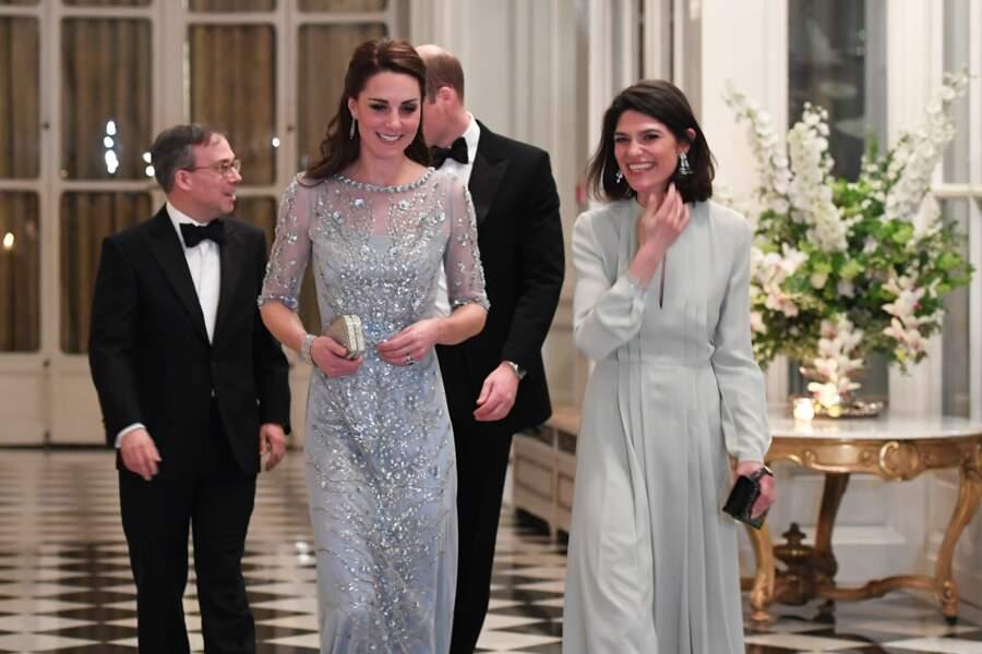 Kate et la femme de l'ambassadeur, Anne
