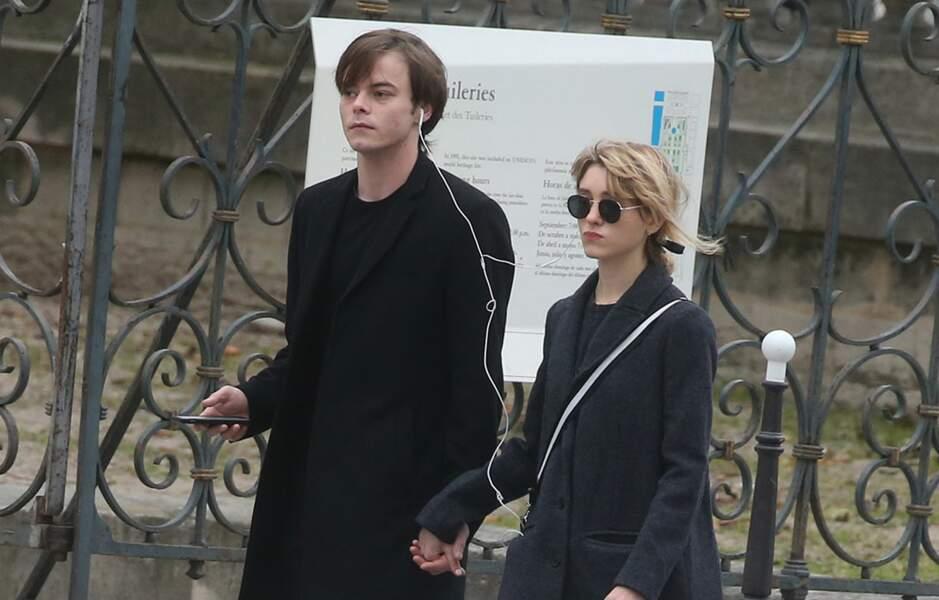 Les comédiens forment un couple à la ville comme à l'écran (ici en visite à Paris, le 4 novembre 2017)