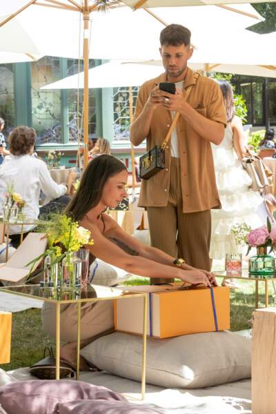 Nous avons retrouvé pour Alice Barbier et JS Roques de @jaimetoutcheztoi durant le pic nic Louis Vuitton.