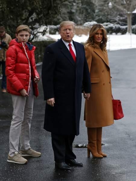 Barron Trump et sa mère conversent d'ailleurs autant en anglais qu'en slovène