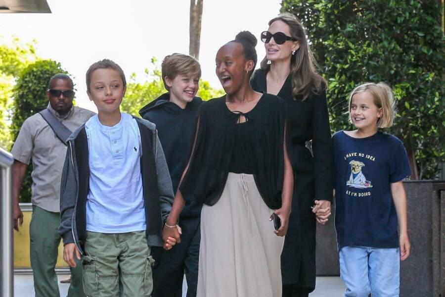 La petite tribu d'Angelina Jolie très complice