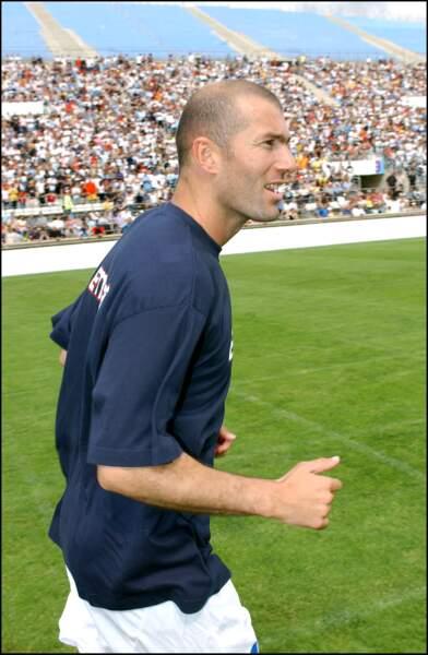 Zinédine Zidane lors du match pour le jubilé George Weah au Stade Vélodrome de Marseille en 2005