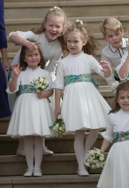 Charlotte et George de Cambridge après la cérémonie de mariage de la princesse Eugenie d'York le 12 octobre 2018