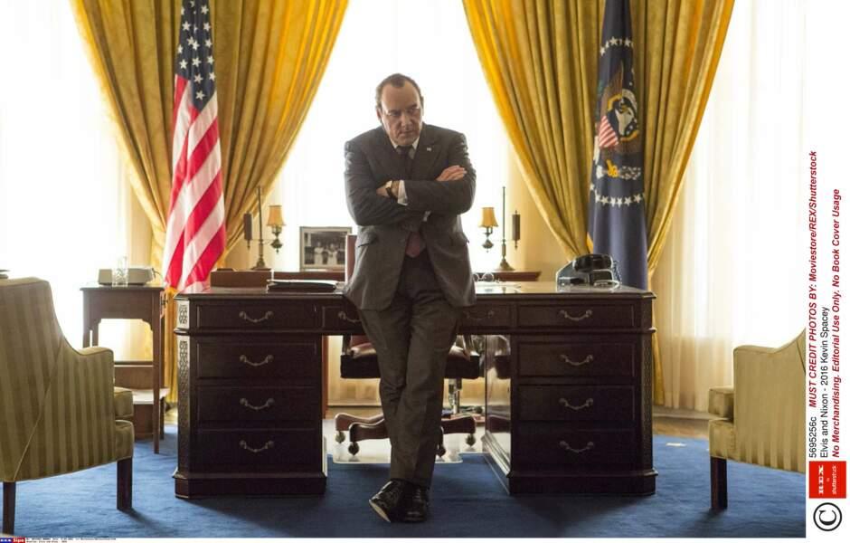 Kevin Spacey joue Nixon dans Elvis and Nixon sorti en 2016