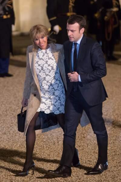 Emmanuel et Brigitte Macron lors d'un dîner en l'honneur du couple royal des Pays-Bas à l'Elysée, le 10 mars 2016