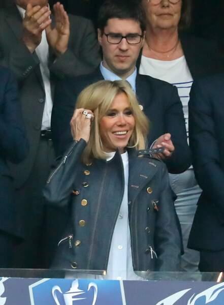 Brigitte Macron en tenue décontractée