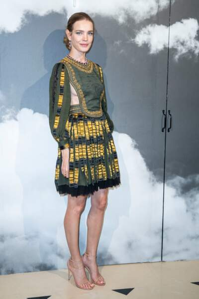 """Natalia Vodianova en robe sexy lors du défilé Haute-Couture automne-hiver 2019/2020 """"Christian Dior"""""""
