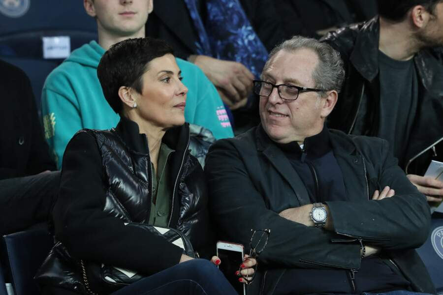Cristina Cordula et son mari Frédéric Cassin dans les tribunes du Parc des Princes
