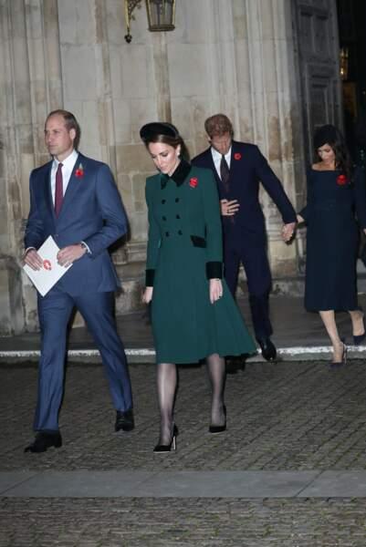 William, Kate Middleton, Harry et Meghan Markle sortant de l'Abbaye de Westminster, le 11 novembre 2018