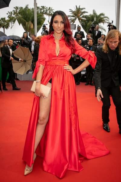 Delphine Wespiser a laissé apparaître un bout de sa culotte au festival de Cannes, le 18 mai 2019