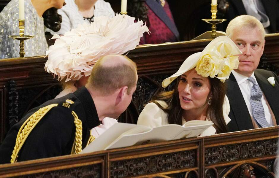 Kate Middleton échange quelques mots avec son mari, le prince William