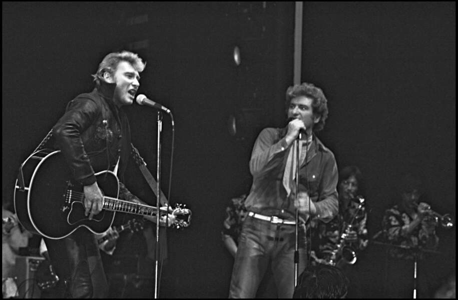Johnny Hallyday et Eddy Mitchelle sur scène en 1980