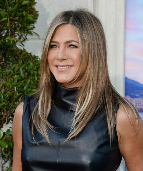 Le blond californien de Jennifer Aniston ravit son teint hâlé.