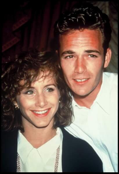 Gabrielle Carteris et Luke Perry, en 1991