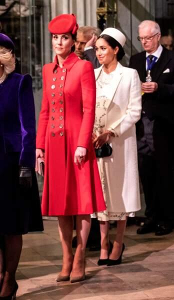 Meghan et Kate, élégantes, à l'Abbaye de Westminster pour une sortie officielle, à Londres, le 11 mars 2019.