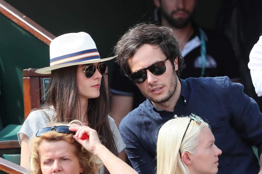Le chanteur Vianney complice avec sa compagne Catherine Robert