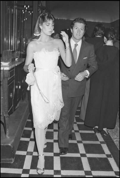 La princesse Caroline de Monaco et Philippe Junot lors d'une soirée à Paris en 1980