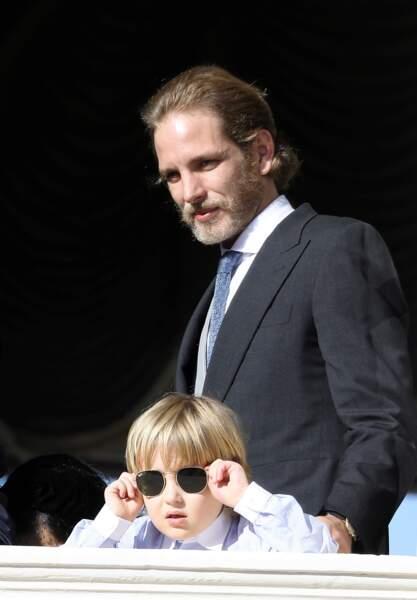 Andrea Casiraghi et son fils Sacha lors de la fête nationale monégasque le 19 novembre 2017