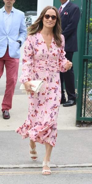 Pour l'occasion, Pippa Middleton portait une robe de la marque ByTIMo