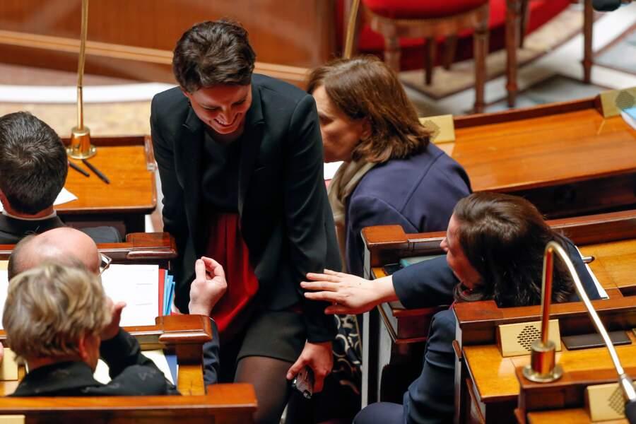 Najat Vallaud-Belkacem peut reprendre sa conversation