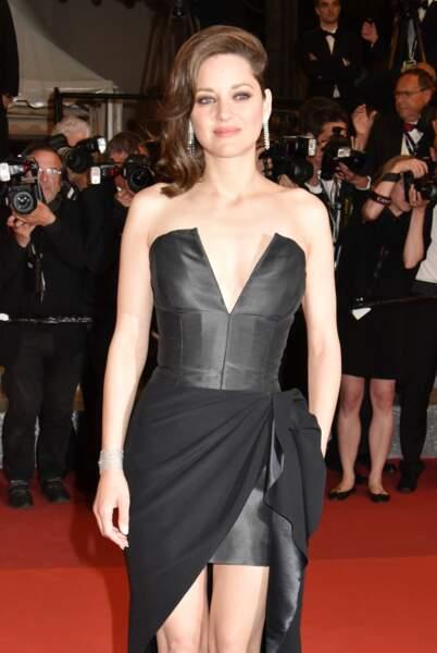 Marion Cotillard, très chic et sexy à la fois