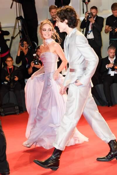 Lily-Rose Depp, Timothée Chalamet complices et lookés