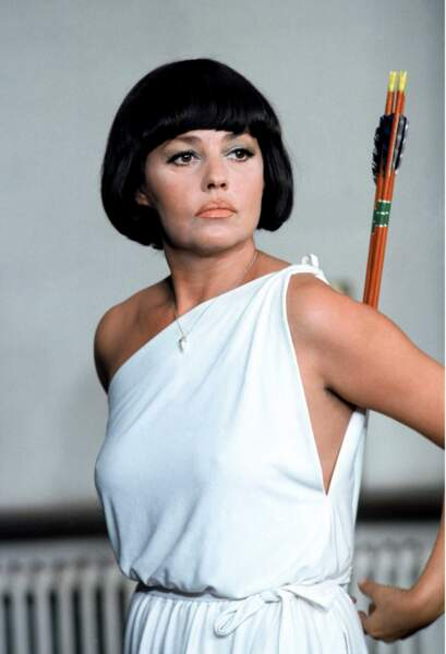 """Photo colorisée, 1968 Jeanne Moreau joue dans """"La mariée était en noir"""", dirigée par François Truffaut"""