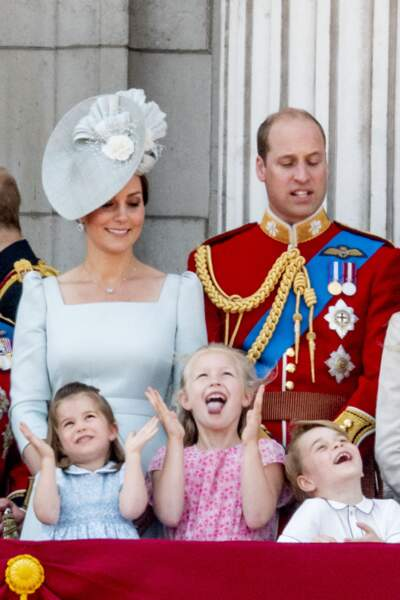 "Kate, William, Charlotte, Savannah et George lors du rassemblement militaire ""Trooping the Colour"""