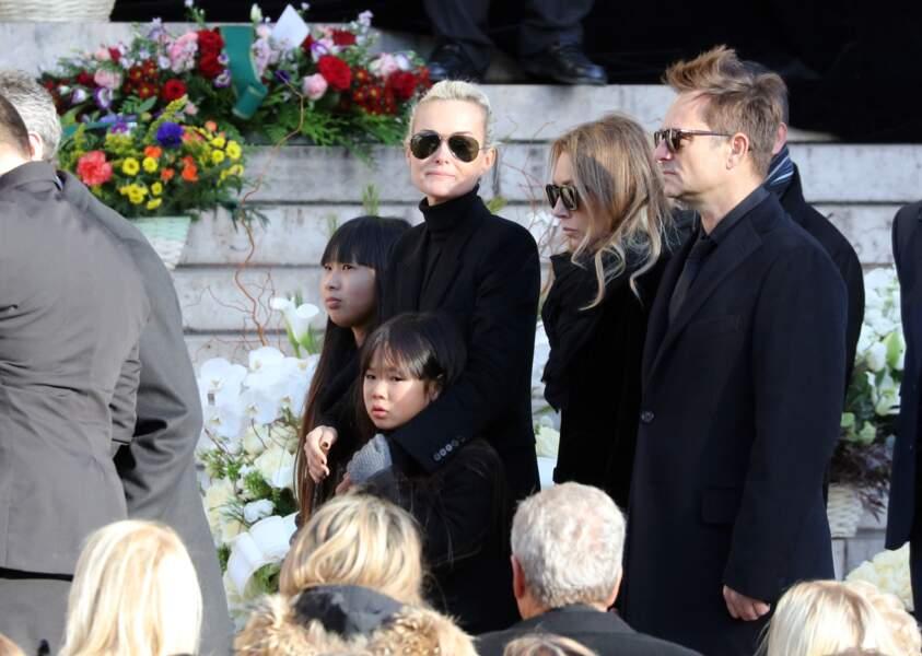 Convoi funéraire de Johnny Hallyday à l'église de Madeleine : Les Hallyday une famille presque normale