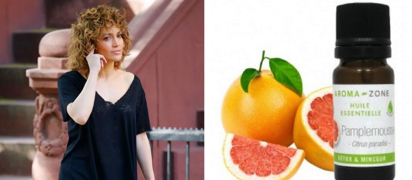 Jennifer Lopez aime utiliser l'huile de pamplemousse comme coupe faim