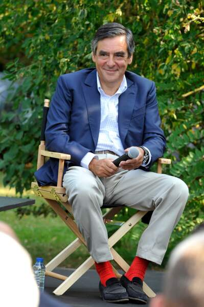 Les chaussettes rouges de Francois Fillon ? Les célèbres Gammarelli adoptées également par Edouard Balladur.