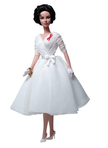 Une poupée Barbie à l'effigie d'Elizabeth Taylor