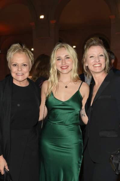 La mère et la fille ont aussi retrouvé une amie de longue date, Muriel Robin