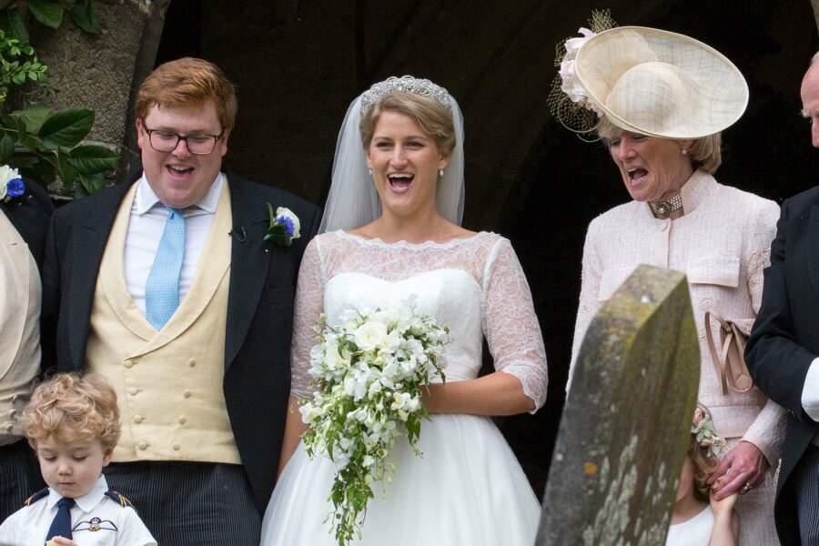 Celia Mc Corquodale, la nièce de Diana se marie,  sur le parvis de l'église le 16 juin.