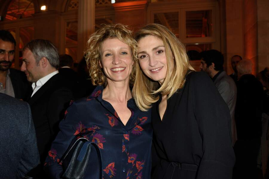 Duo de blondes