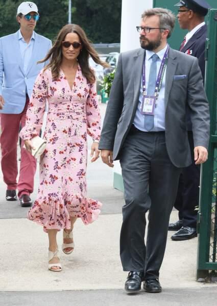Pippa Middleton a multiplié les looks chics et estivaux à Wimbledon