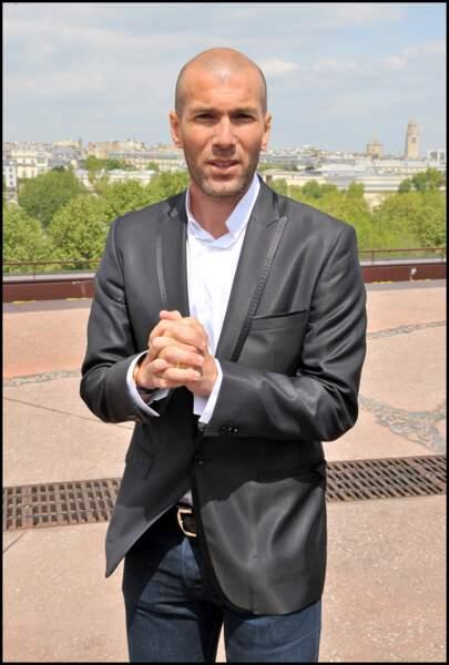 Zinédine Zidane lors de la rémise du prix de l'ambassadeur ELA au Musée du Quai Branly, en 2010