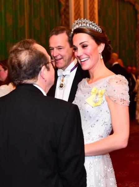 Kate Middleton sublime en robe élégante Jenny Packham et la tiare adorée par Diana