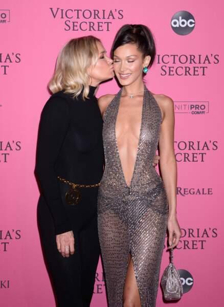 Bella Hadid sublime avec sa maman, Yolanda Hadid, une ex-mannequin