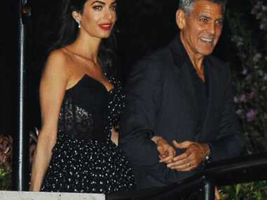 Amal Clooney, sublime en robe noire