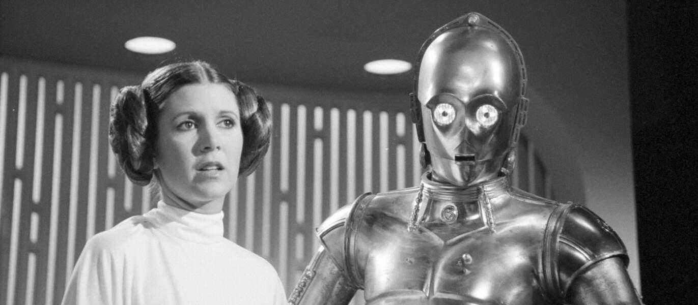 La princesse Leia et C3PO en 1977 dans Star Wars