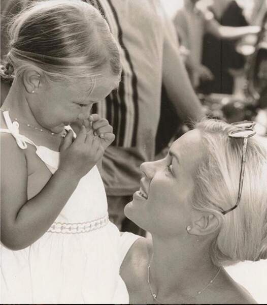Gigi Hadid rend hommage à sa mère Yolanda